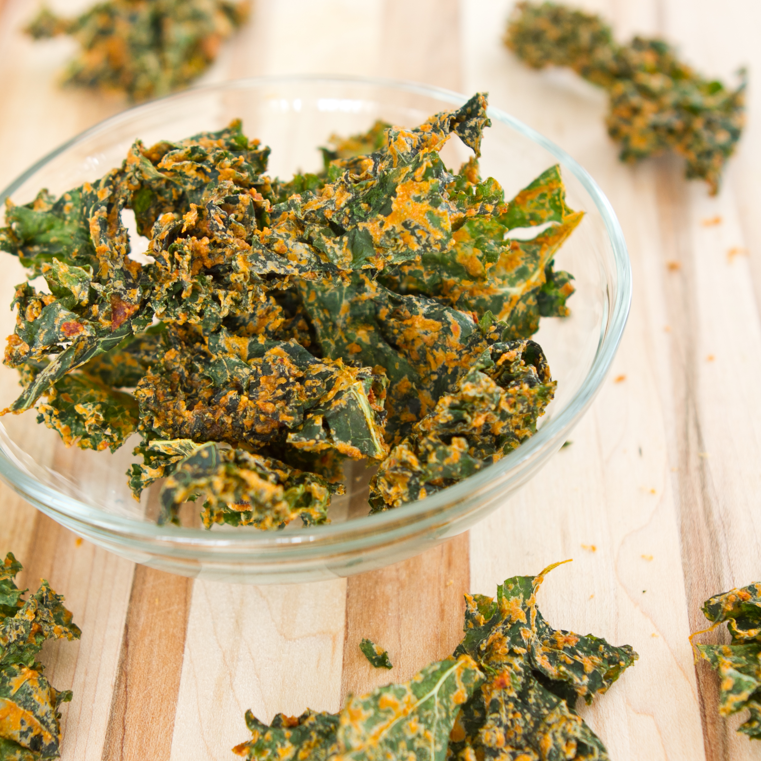 kale chips recipe oh she glows Sun-dried Tomato Cheezy Kale Chips