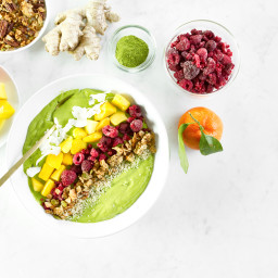 New Year Glow Smoothie Bowl