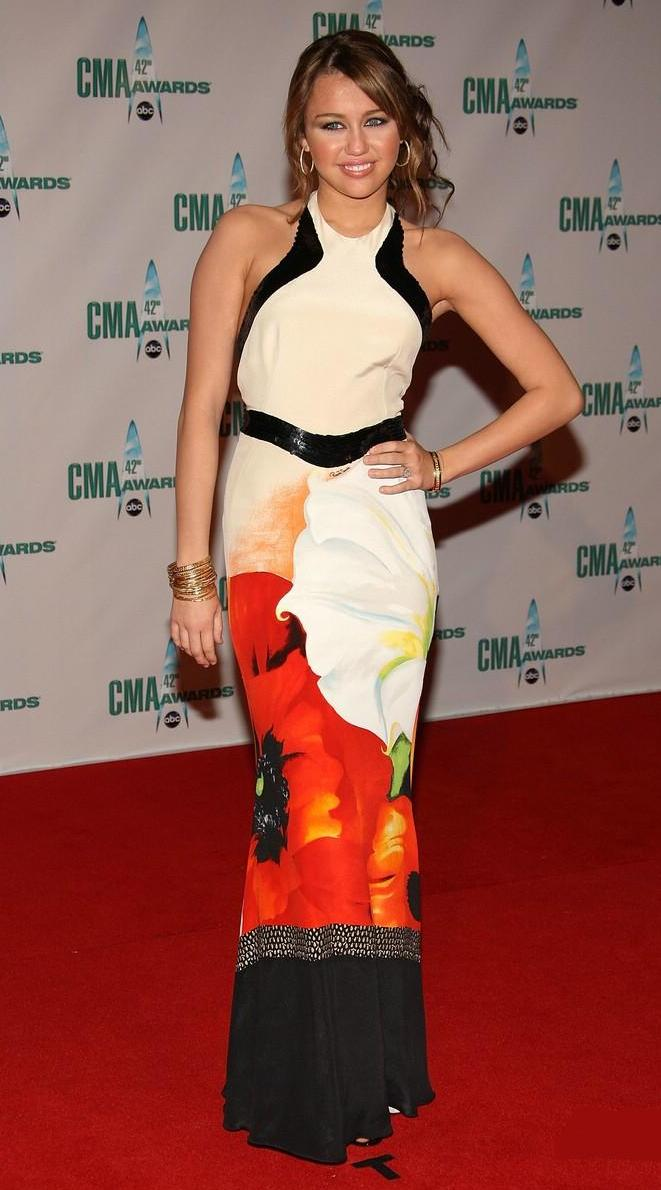 miley-cyrus-awards-cma-05