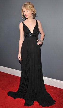 8588b00607d99870 taylor swift   Grammys Fashion: Best and Worst Dressed