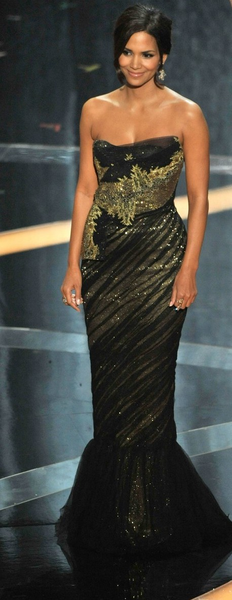 halle berry oscar awards dress