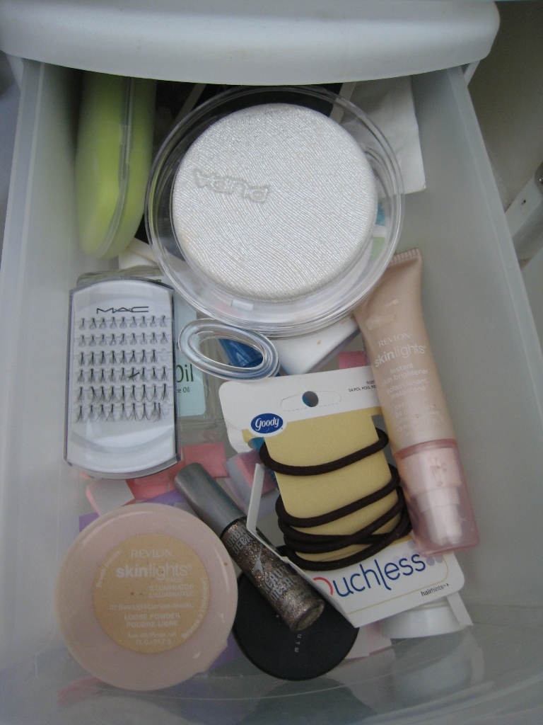 img 5885   Whats In My Makeup Bag: Part 2