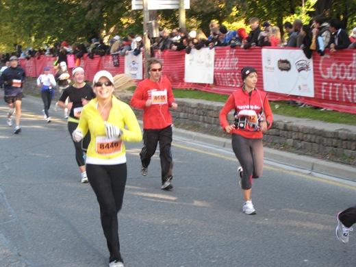 IMG 7010 thumb   Goodlife Fitness Toronto Half Marathon Race Recap!