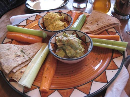 IMG 8096 thumb   Calactus Cafe: A Wonderful Vegan Dining Experience