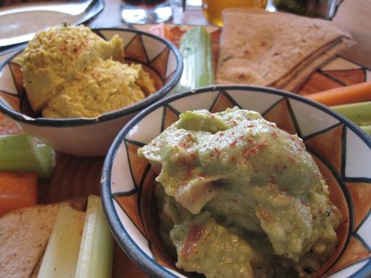 IMG 8097 thumb1   Calactus Cafe: A Wonderful Vegan Dining Experience