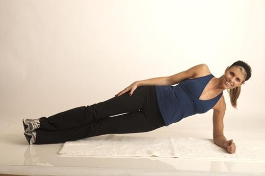 side-plank-reachunder1