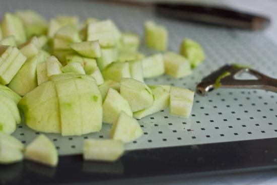 20101122IMG 2654 thumb   3 Layer Upside Down Apple Pecan Breakfast Cake