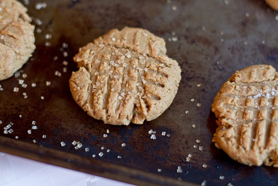 20101126IMG 3525 thumb   Auntie Angie's Soft Peanut Butter Cookies