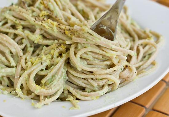 IMG 0200 3 thumb1   15 Minute Creamy Avocado Pasta