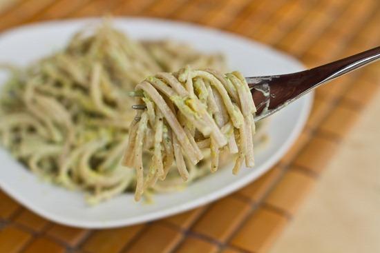 IMG 0201 thumb   15 Minute Creamy Avocado Pasta