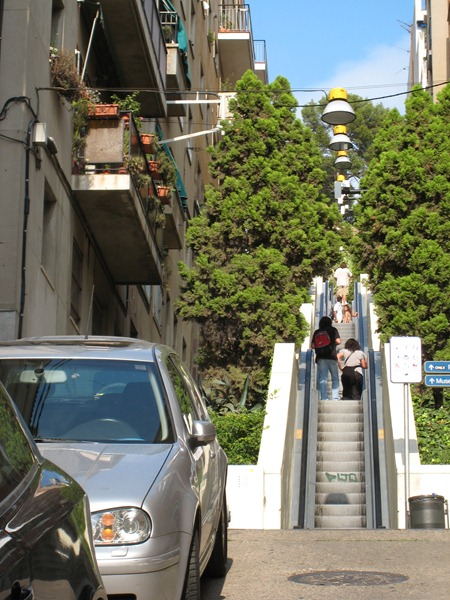 IMG 0222 thumb   Huge Outdoor Escalator in Barcelona