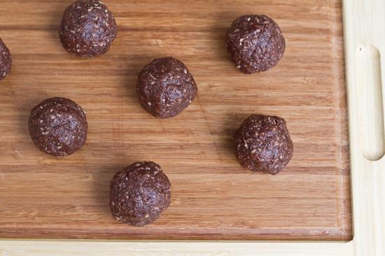 IMG 0353   No Bake Chocolate Macaroons