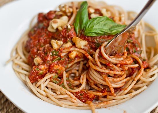IMG 1055   Tomato Walnut Basil Pasta