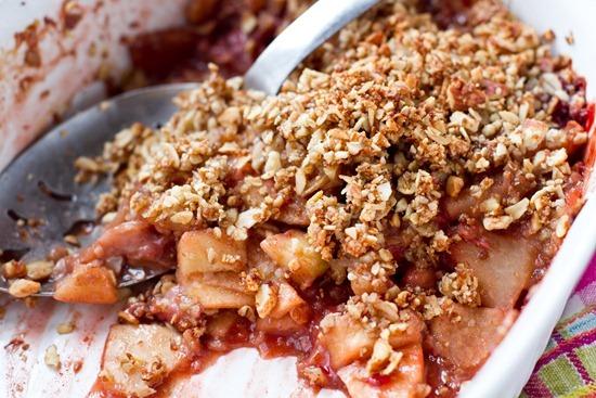 IMG 4597   Vegan & Flourless Strawberry Apple Breakfast Crisp