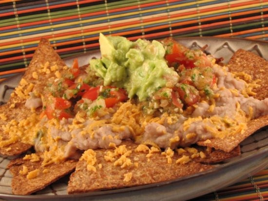 refried bean nachos   Recipe Link Love, April 6