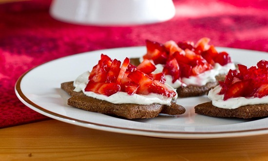 IMG 8242 2   Strawberry Cheesecake Bites