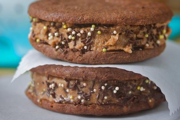 Gluten Free Mocha Ice Cream Sandwiches    Guest Post: Manifest Vegan