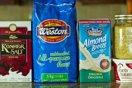 IMG 0753 thumb   Quick & Dirty 5 Ingredient Vegan Cheeze Sauce & Recipe Challenge