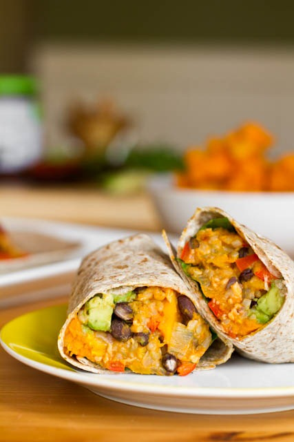 Black bean and butternut squash burritos oh she glows a vegan recipe blog without a burrito recipe has not been unnoticed by many of you ive had several requests for a black bean burrito forumfinder Images
