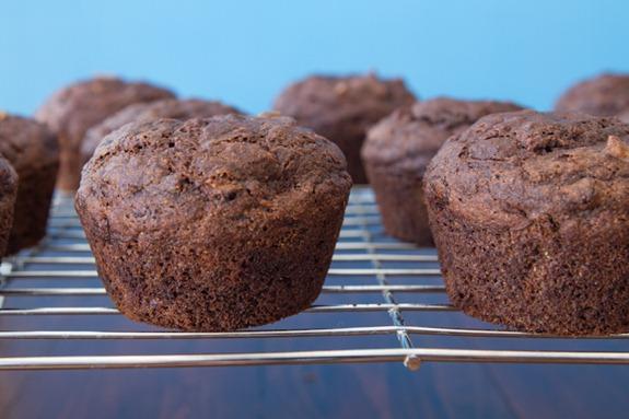 oil free vegan choclate zucchini muffins-3037