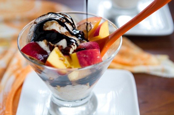 peaches and cream with balsamic reduction-3579