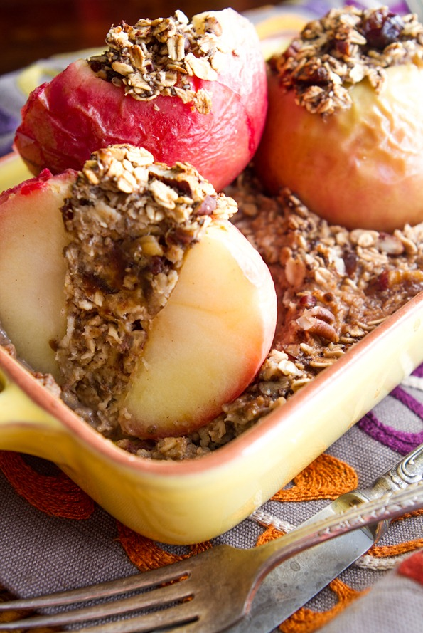 Baked Apples Stuffed With Cinnamon Date Pecan Oatmeal Oh She Glows