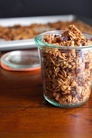 cinnamon bun granola-6621
