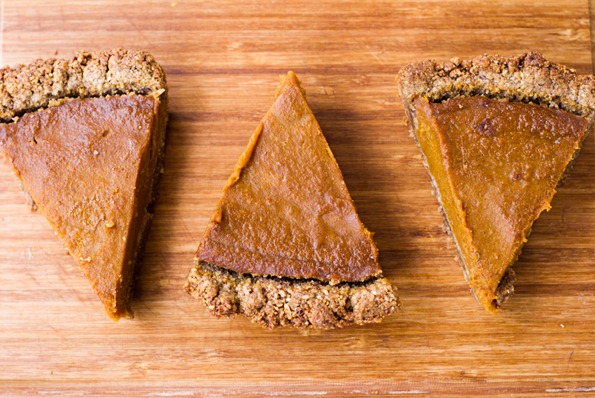 vegan pumpkin pie gluten free 4759 thumb   Vegan Holiday Recipes + My Tips For Navigating the Holidays as a Vegan