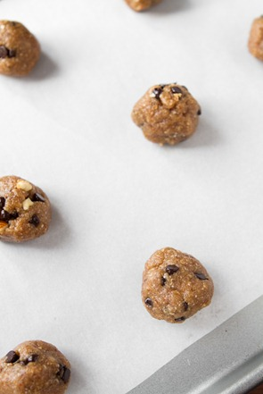 gluten free peanut butter chocolate chip cookies-8378