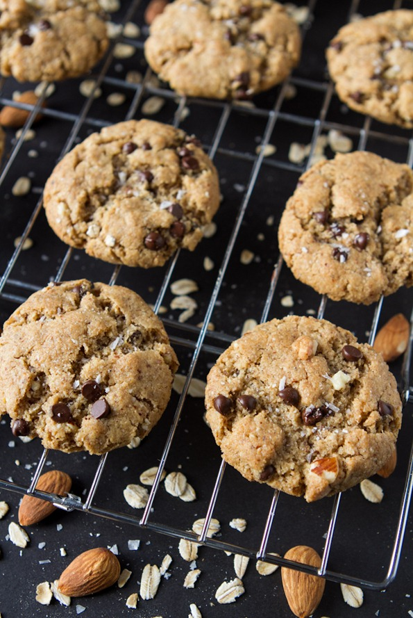 gluten free peanut butter chocolate chip cookies-8382
