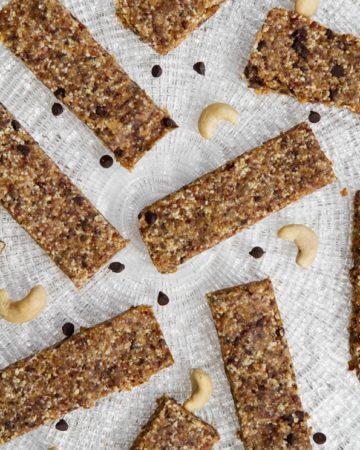 chocolate-chip-Cookie-dough-larabar-recipe-0459_thumb