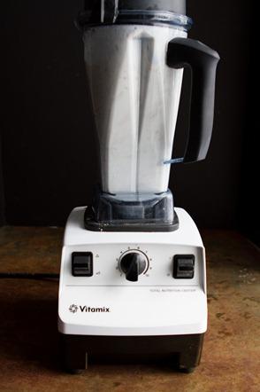 homemade almond milk -0964