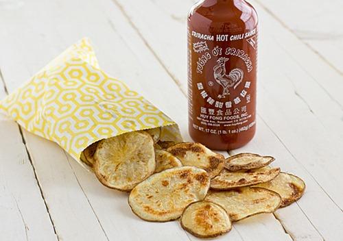 baked sriracha potato chips Oh my veggies thumb   The Big Vegan Super Bowl Recipe Round Up