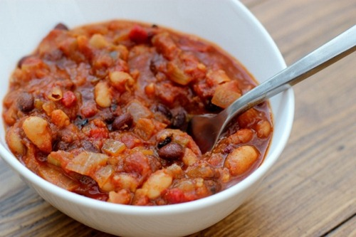 four bean chili daily garnish