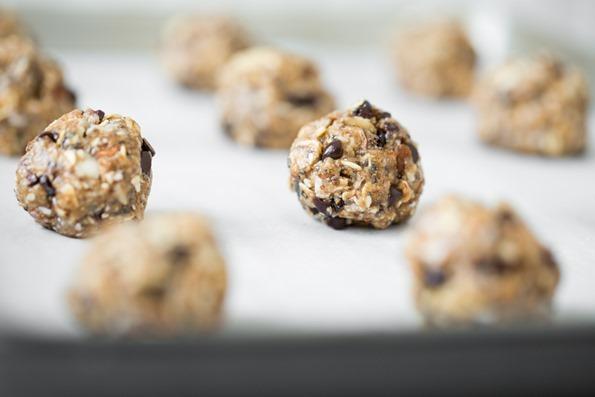 vegantrailmixcookies-8599