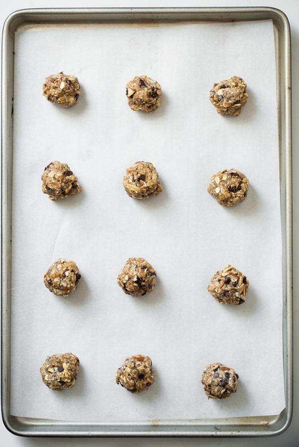 vegantrailmixcookies-8609